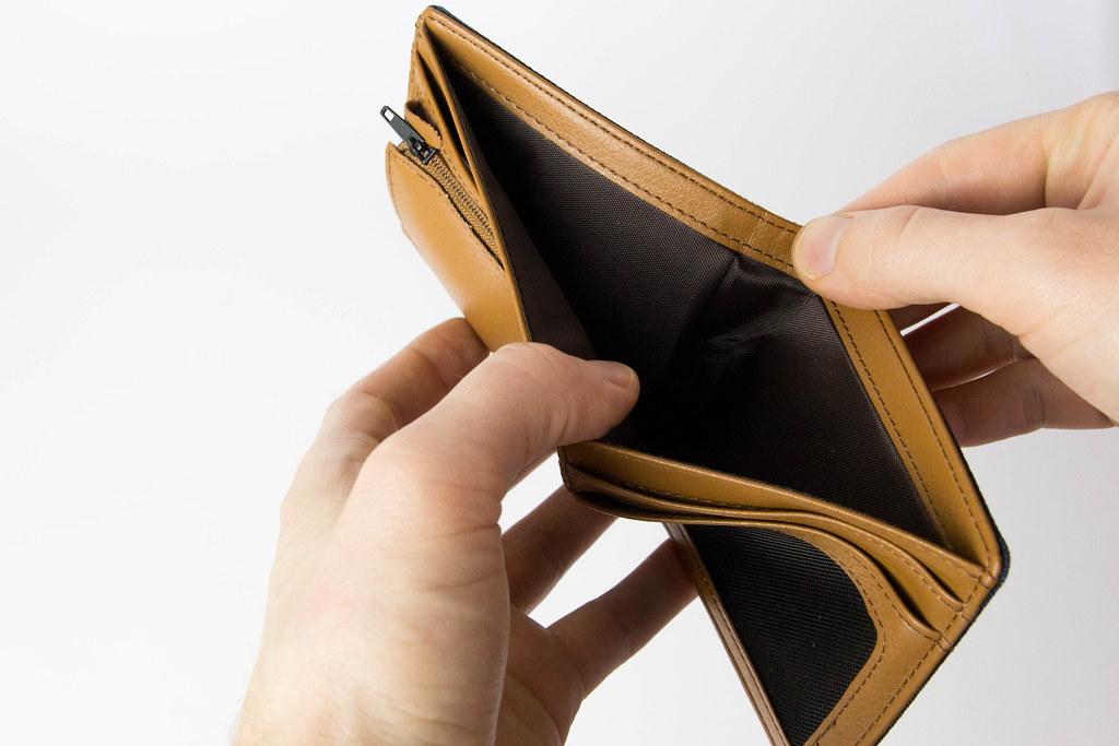 Trzymajcie się za portfele