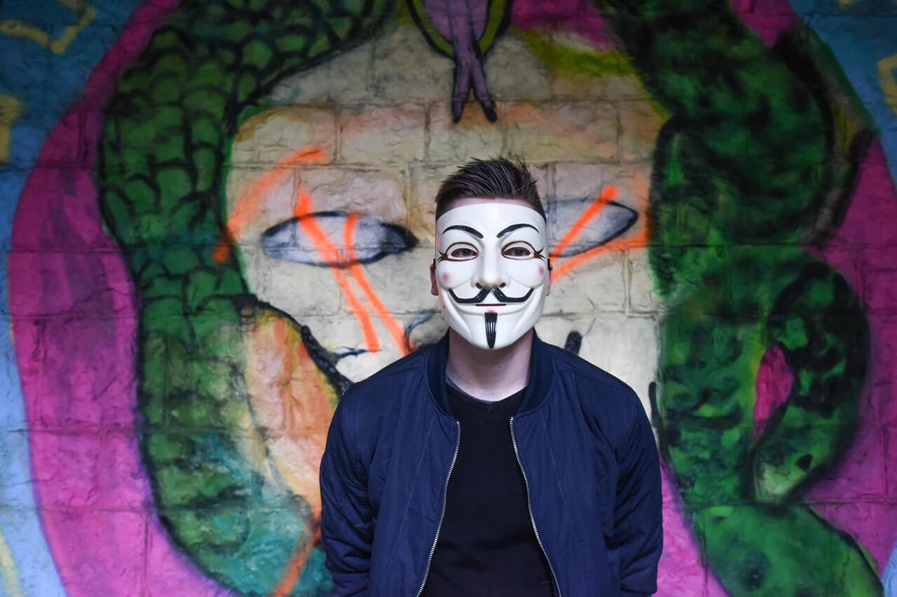 Zmierzch hacktywizmu – czy nikt już nie włamuje się w imię wyższych celów?