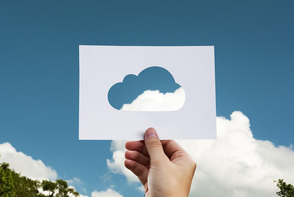 PostgreSQL z sekundowym rozliczaniem dostępny w chmurze Amazona