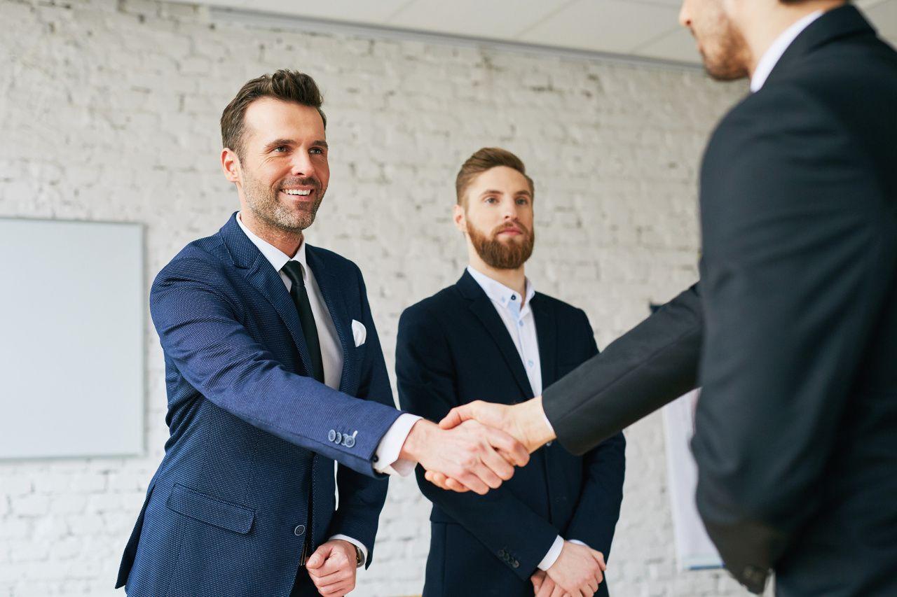 Dlaczego warto wybrać agencję rekrutacyjną?