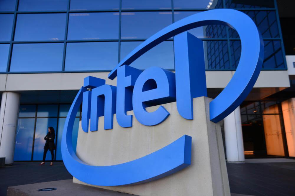 Dziesięcionanometrowa litografia w procesorach Intela dopiero w 2021 roku