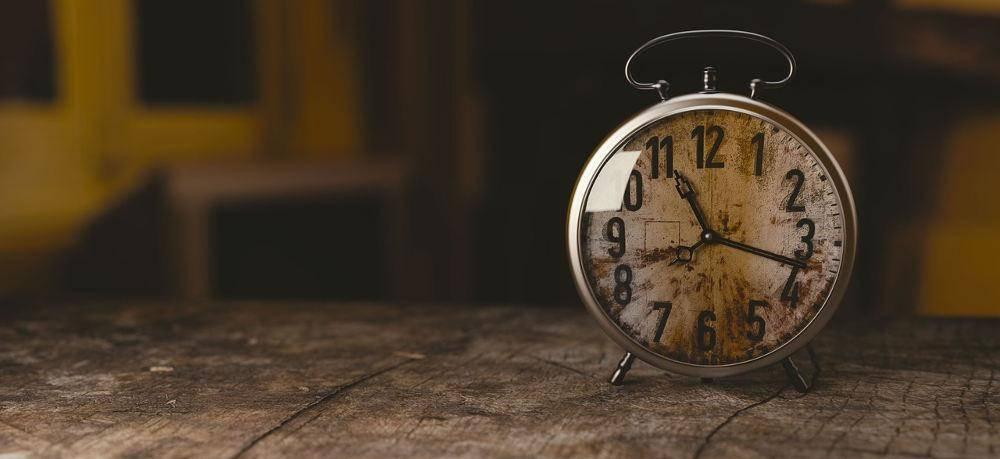 Kto nam kradnie czas w pracy?