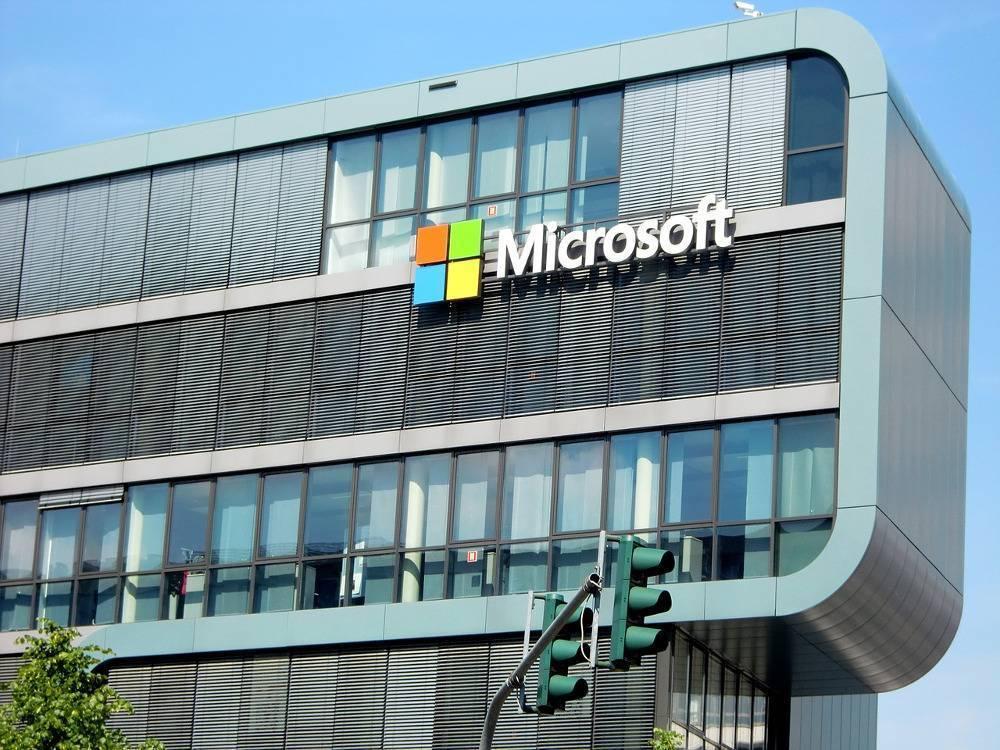 Microsoft zapłaci ponad 25 mln dolarów w związku ze sprawą korupcji na Węgrzech