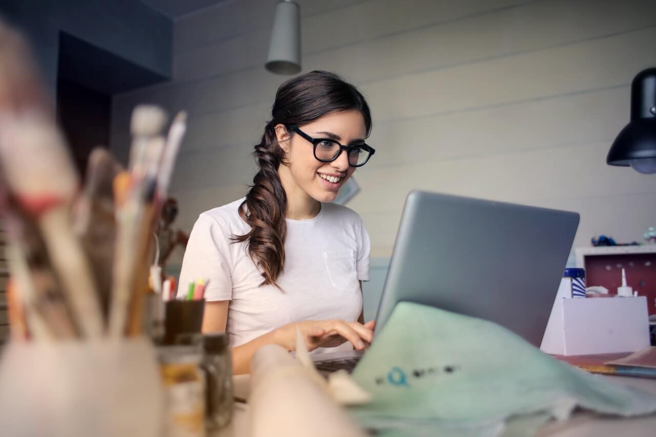 Praca zdalna – jak ją zorganizować? Przegląd przydatnych narzędzi