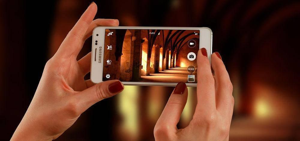 Jak użyć kamery z telefonu do wideokonferencji