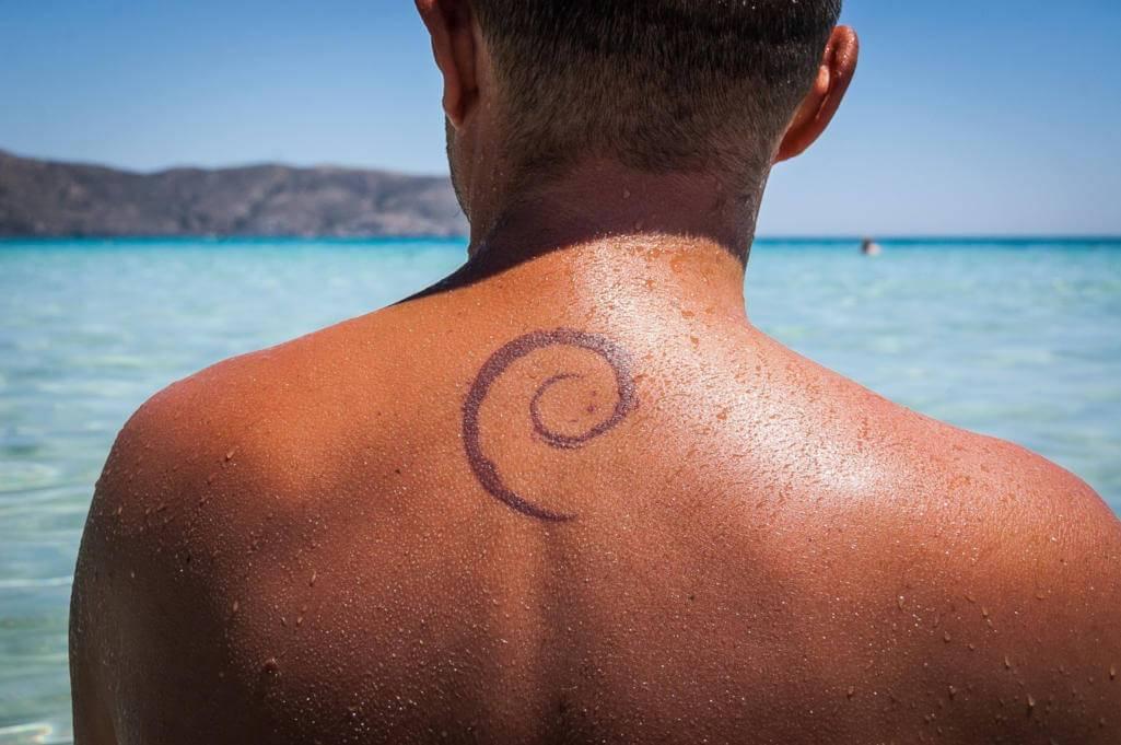 Debian 10.2 dostępny. Powraca sporna kwestia domyślnego demona inicjalizacji