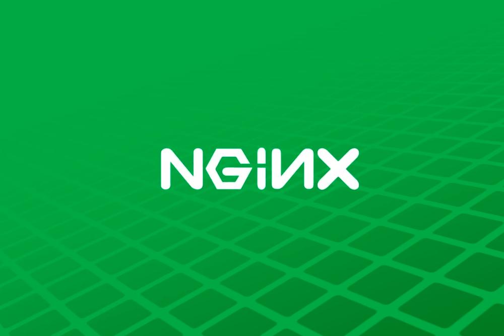 Krajobraz po policyjnym rajdzie na siedzibę nginx. Kod serwera ma być bezpieczny